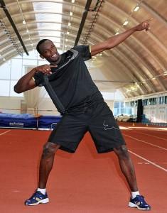 376px-Usain_Bolt_Lightning_pose