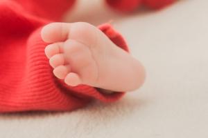 赤ちゃんの足部